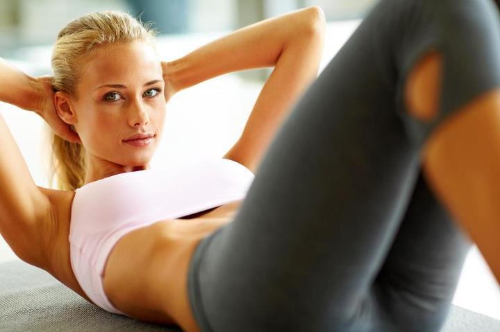 Упражнения на пресс для девушек и женщин в домашних условиях и тренажерном зале. Комплекс упражнений для пресса