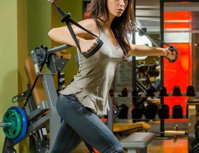 15 лучших упражнений для грудных мышц для женщин